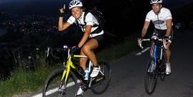 Montée de nuit à vélo au col de Couraduque