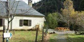 Gîte d'étape dans le Val d'Azun au coeur de la forêt
