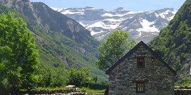 Grange traditionnelle de montagne