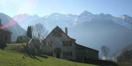 Gîte mitoyen dans un village typique de montagne