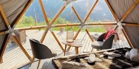 Nuit magique dans un dôme tout confort sur le toit des Pyrénées