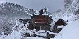 """""""Le Pradios"""", maison de caractère en pierres avec vue panoramique"""