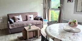 Appartement au 4ème étage avec une vue panoramique sur la montagne et le village de Luz St Sauveur