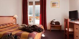 Hotel espacioso y caluroso