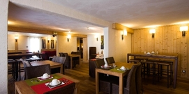 An elegant refined hotel in Saint Lary