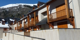 Residence in the pure Pyrenean style