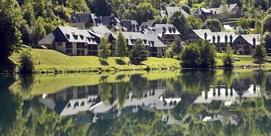 Résidence de tourisme au bord du lac