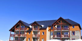 Residence at the foot of the ski runs of Peyragudes: