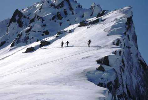3-ski-rando-1-Bureau-des-Guide.jpg
