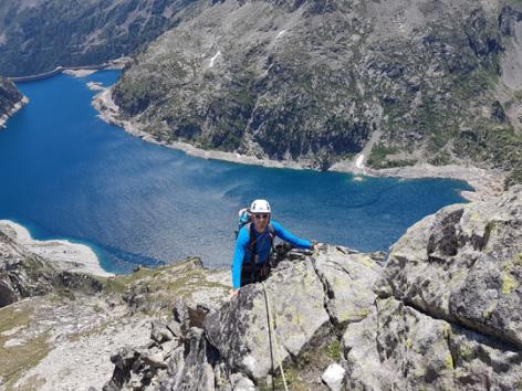 7-escalade-bourdet-saintsavin-HautesPyrenees.jpg