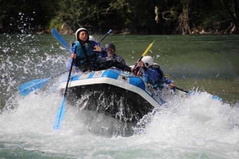 5-rafting6-pavillondessensations-agosvidalos-HautesPyrenees.jpg