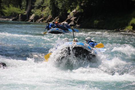 9-rafting10-pavillondessensations-agosvidalos-HautesPyrenees.jpg