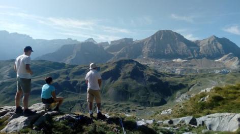 4-SIT-Raymonde-Cazaux-AVENTURE-RANDO---Hautes-Pyrenees--1-.jpg