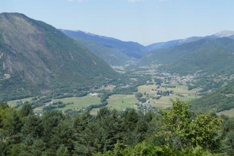 1-Belle-vue-surplombante-de-la-Vallee-d-Aure-1.jpg