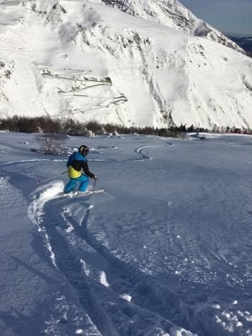 3-EVOLUTION2-enfant-ski-Saint-Lary-neige-poudreuse.jpg