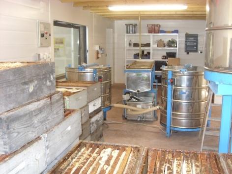 4-laboratoiremielleriedesescales-villelongue-HautesPyrenees.jpg.JPG