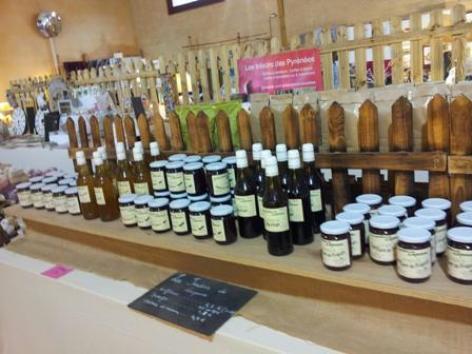 1-exposition-artisanale-Lesponne-Tresors-des-Pyrenees.jpg