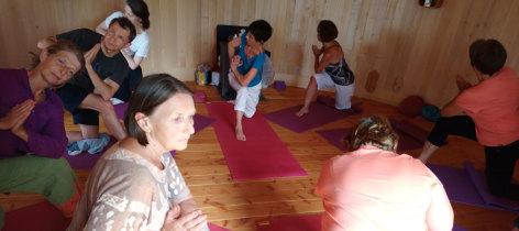 2-Yoga-ete--1--1280X570.jpg