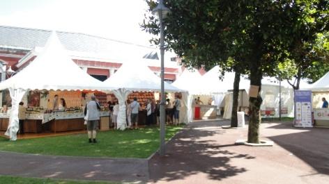 0-Lourdes-Festives-Artisanales.JPG