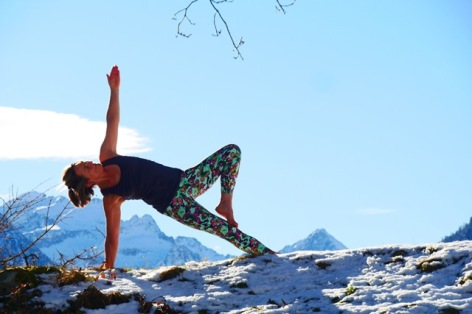 0-Yoga-2.jpg