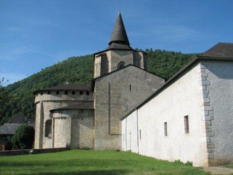 1-abbatialesaintsavin1-saintsavin-HautesPyrenees.jpg
