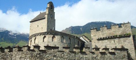 0-Eglise-des-Templiers-Luz-ot.jpg