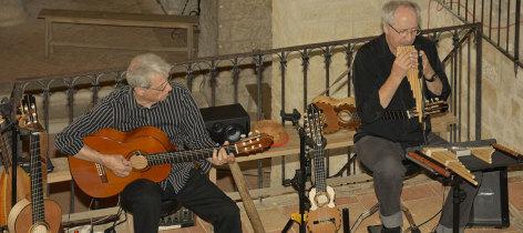 0-Taquile-en-Concert2-1280X57.jpg