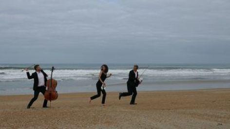 0-Belharra-Trio.jpg
