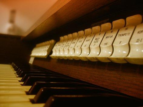 0-organ-70601-1920.jpg