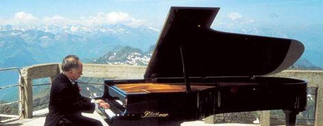 0-PIANO-PIC-5.JPG