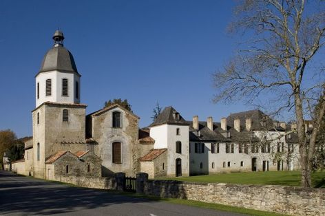 1-Abbaye-Escaladieu-2.jpg