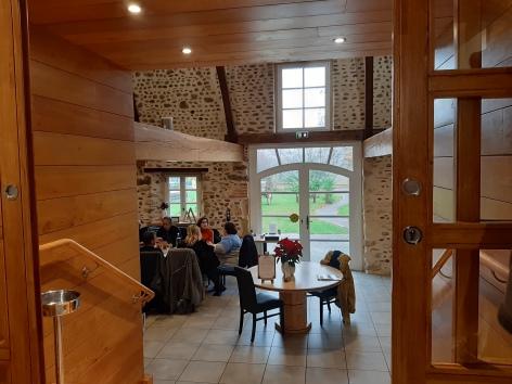 2-Restaurant-palombe-gourmande-interieur-salle---EV.jpg