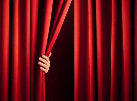 1-image-theatre---Pixabay.jpg