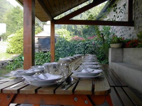 8-terrasse2-moulinsdisaby-hautespyrenees-argelesgazost.jpg