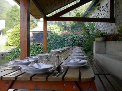 9-terrasse2-moulinsdisaby-hautespyrenees-argelesgazost.jpg