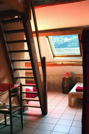 8-chambre11-escapade-gedre-HautesPyrenees.jpg