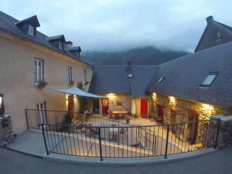 0-SIT-La-Maisonnee-Hautes-Pyrenees--7-.jpg