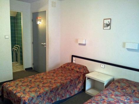 10-chambre6-hameaurollot-bareges-HautesPyrenees.jpg