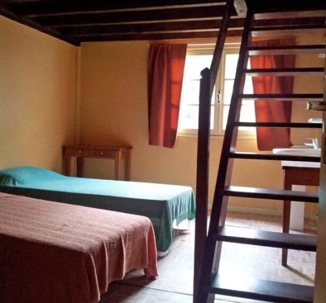 9-chambre5-hameaurollot-bareges-HautesPyrenees.jpg