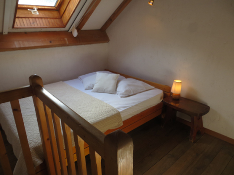 6-chambre4-grangeaubois-viella-HautesPyrenees.jpg