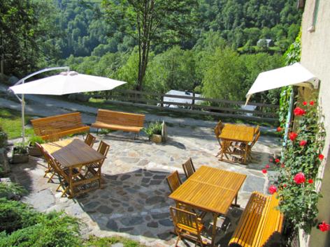 7-terrasse-grangeaubois-viella-HautesPyrenees.jpg
