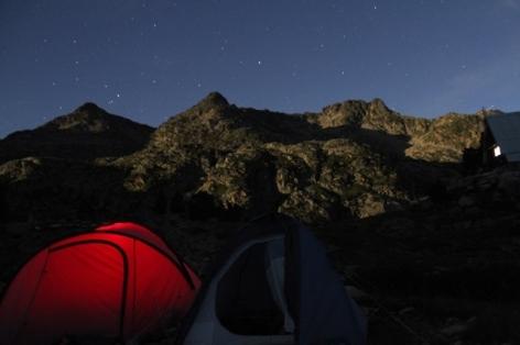 3-Refuge-de-Campana-Au-choix-Nuit-sous-la-tente-ou-dans-le-refuge.jpg