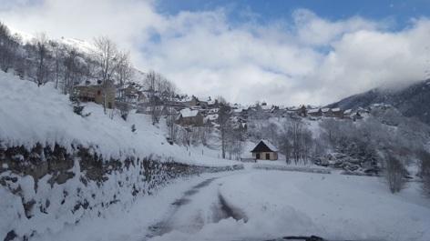 1-Chalet-du-pic-noir-paysage-de-neige-web.jpg