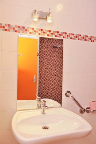 13-lavabo-fermedubourdalat-ouzous-HautesPyrenees.jpg.jpg
