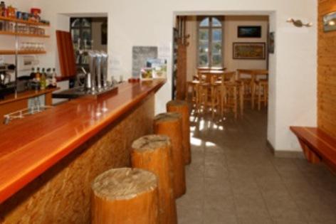 1-Bar-refuge-Oredon.jpg
