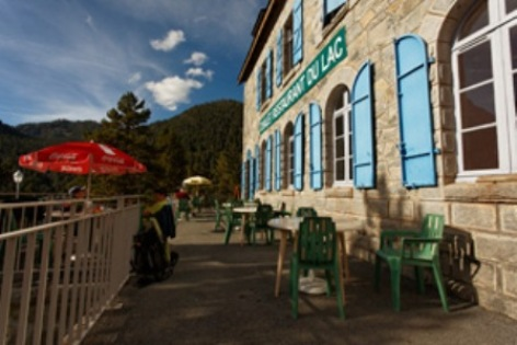 0-Terrasse-chalet-refuge-Oredon.jpg