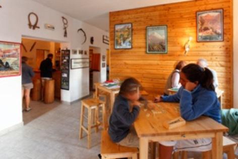 3-Salle-refuge-Oredon.jpg