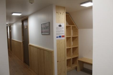 6-Hospice-Rioumajou-couloir-acces-chambre-WEB.jpg