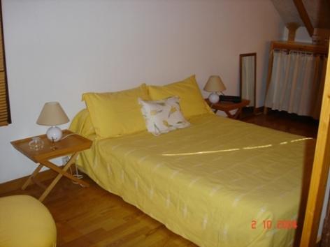 10-chambre-heres-argelesgazost-HautesPyrenees.jpg.JPG