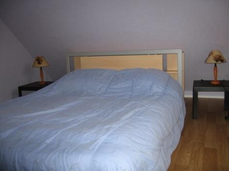 6-chambre2-lefranc-argelesgazost-HautesPyrenees.jpg